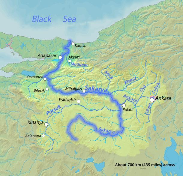 A Sakarya a 3 leghosszabb folyó Törökországban, hosszan kanyarog az Anatóliai – magasföldön (forrás: wikipédia)
